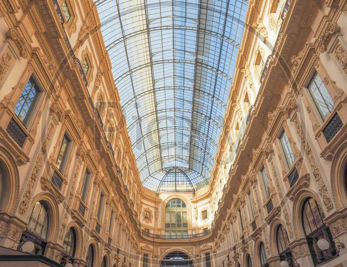 Milan, Italy - March 28, 2015: The Galleria Vittorio Emanuele Ii Has Been Recently Restored For The Expo Milano 2015 International Exhibition
