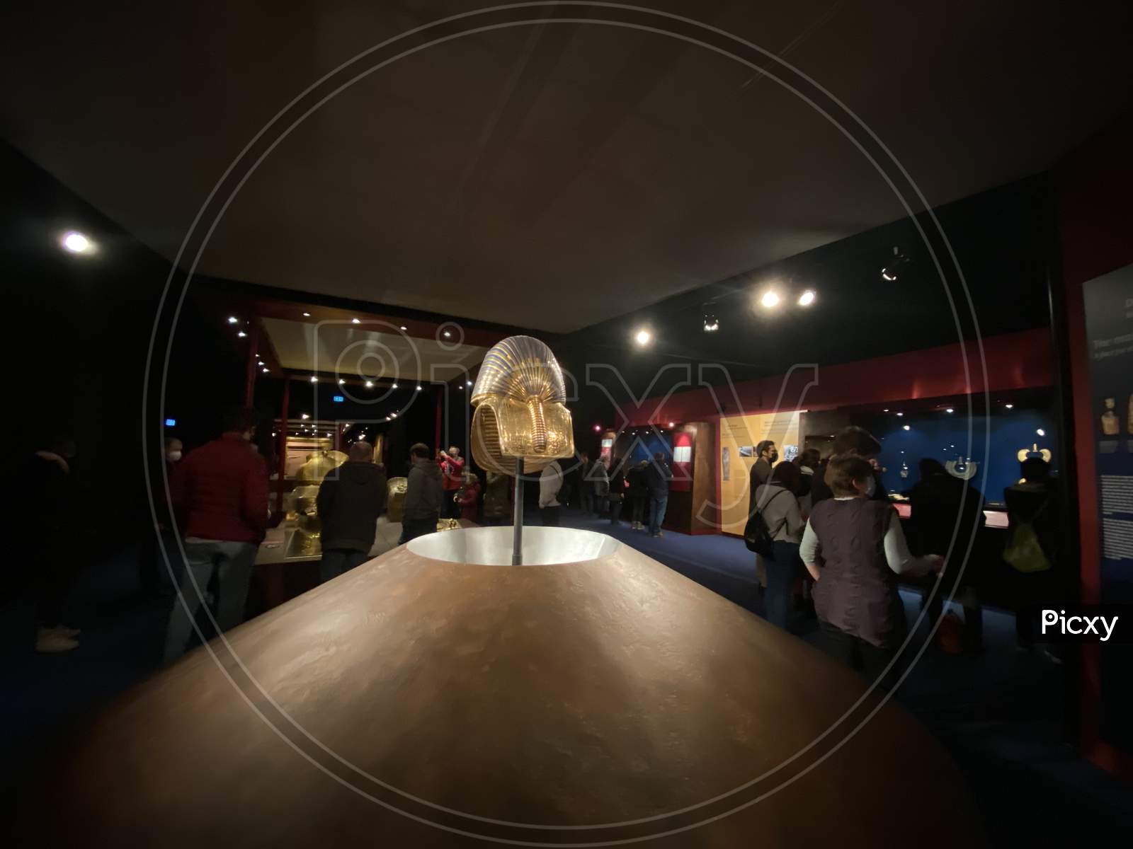 Exhibition Of Tutankhamun In Zurich With Spectators During Pandemic Time. Tomb And Treasures With Gold Mask And Replicas From Egypt Pharaoh. 14.03.2021 - Oerlikon, Switzerland.