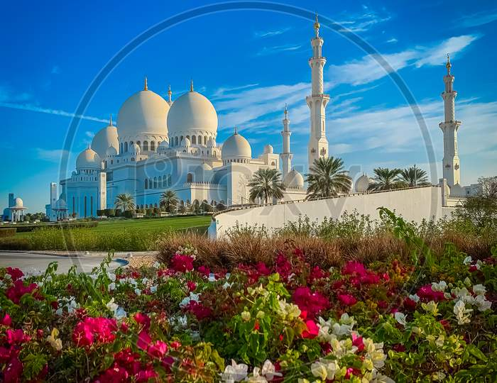 Sheikh Zayed Grand Mosque In Abu Dhabi, Ramadan Mubarak 2021