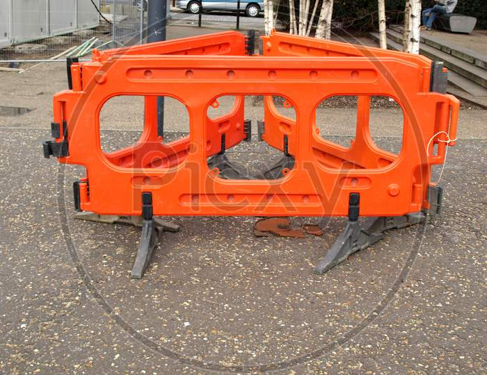 Provisional Street Barrier