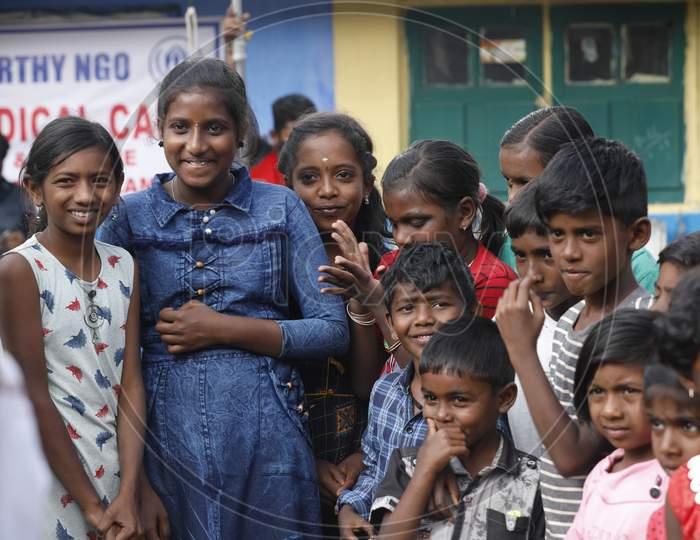 Indian Children's watching