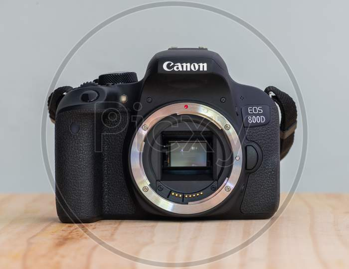 Galle, Sri Lanka - 02 18 2021: Canon Eos 800D Also Known As Rebel T7I Dslr Camera, Canon Ef Mount, And Cmos Sensor With Digic 7 Processor Powering The Dslr, Front View Without Body Cap.